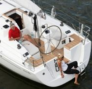 Barca a vela Hanse 325 (2012)-1