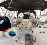Sailboat Bavaria Cruiser 33 (2013)-1