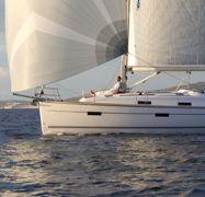 Segelboot Bavaria Cruiser 36 (2013)-1