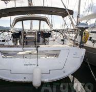 Zeilboot Beneteau Oceanis 45 (2016)-1