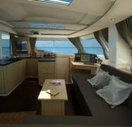 Catamaran Fountaine Pajot Helia 44 (2013)-1