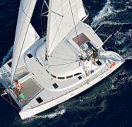 Catamarano Lagoon 380 (2012)-1