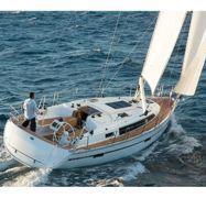 Zeilboot Bavaria Cruiser 37 (2015)-1