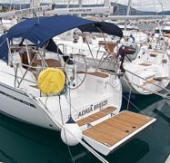 Zeilboot Bavaria Cruiser 33 (2016)-1