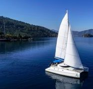 Catamaran Fountaine Pajot Athena 38 (2000)-1