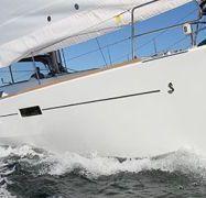 Zeilboot Beneteau Oceanis 45 (2014)-1