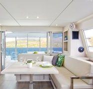 Catamaran Leopard Moorings 4000 (2019)-1