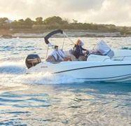 Motor boat Invictus 240 FX (2017)-1