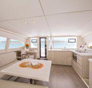 Catamaran Leopard Sunsail 404 (2020)-1