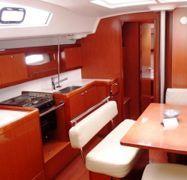Segelboot Beneteau Oceanis 43 (2010)-1
