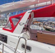 Sailboat Beneteau Oceanis 38.1 (2018)-1
