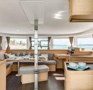 Catamaran Lagoon 42 (2020)-1