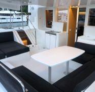Catamaran Lagoon 52 (2018)-1