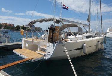 Barca a vela Dufour 560 Grand Large (2015)-0