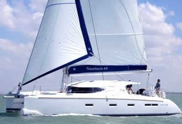 Catamarán Nautitech 44 (2008)-0
