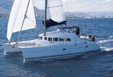 Catamarano Lagoon 380 (2005)-0