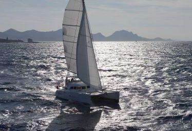 Catamaran Lagoon 380 S2 (2015)-0