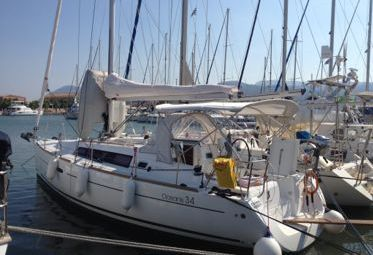 Barca a vela Beneteau Oceanis 34 (2011)-0