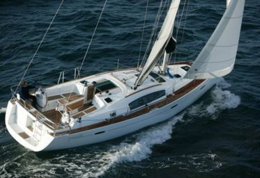 Sailboat Beneteau Oceanis 40 (2011)-0