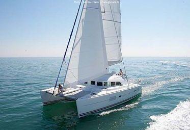 Catamaran Lagoon 380 S2 (2006)-0