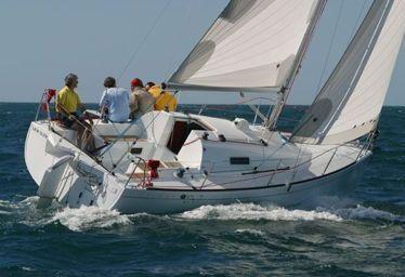 Barca a vela Beneteau First 27.7S (2009)-0