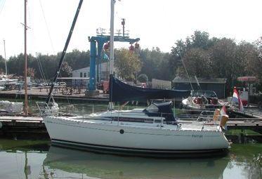 Zeilboot Beneteau First 285 (1990)-0