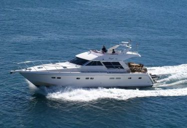 Imbarcazione a motore Yaretti 1910 (1991)-0