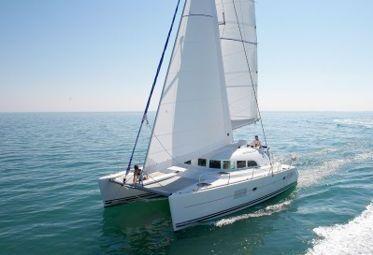 Catamarano Lagoon 380 (2009)-0