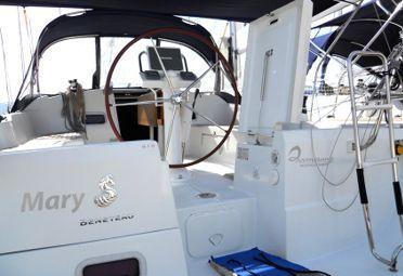 Barca a vela Beneteau Oceanis 37 (2010)-0