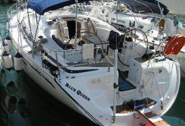 Sailboat Bavaria 42 (2008)-0