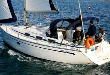 Sailboat Bavaria Cruiser 33 - 2006 (refit 2017)-0