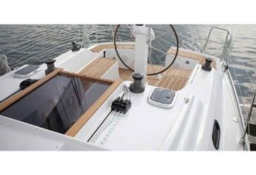 Barca a vela Hanse 325 (2013)-0