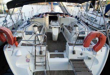 Sailboat Jeanneau Sun Odyssey 43 (2002)-0