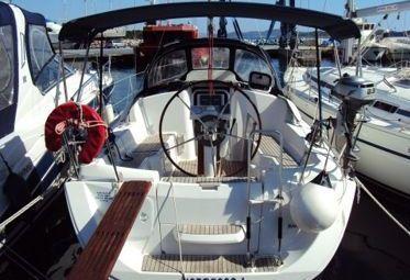 Sailboat Jeanneau Sun Odyssey 30 i (2009)-0