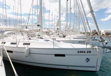 Segelboot Bavaria Cruiser 40 (2012)-0