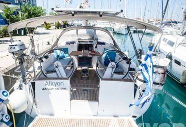 Sailboat Hanse 345 (2013)-0