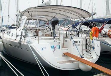 Sailboat Beneteau Oceanis 50 Family (2013)-0