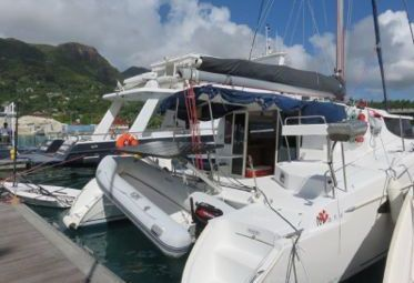 Catamarán Fountaine Pajot Mahe 36 (2008)-0