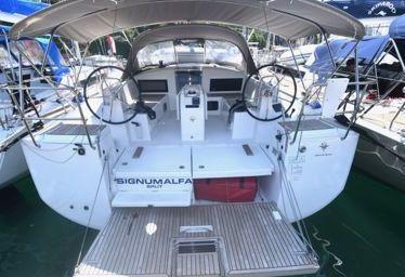 Sailboat Jeanneau Sun Odyssey 440 (2019)-0