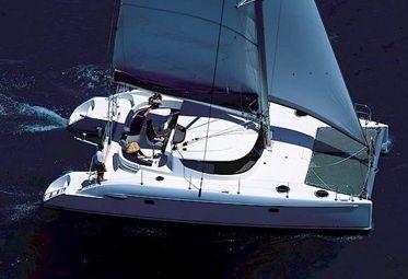 Catamaran Fountaine Pajot Lavezzi 40 (2004)-0