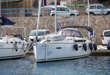 Sailboat Jeanneau Sun Odyssey 449 (2018)-0