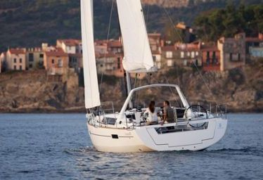 Sailboat Beneteau Oceanis 41 (2015)-0