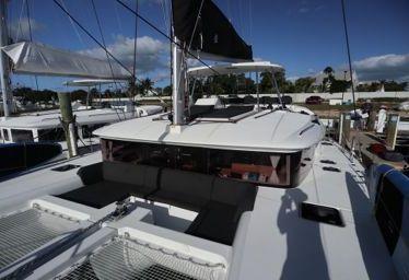 Catamaran Lagoon 450 (2018)-0