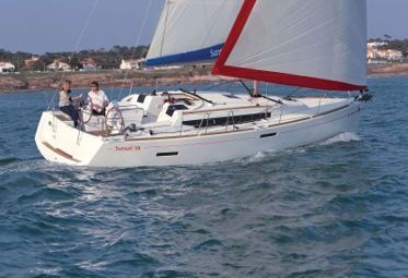Sailboat Jeanneau Sunsail 38 (2016)-0