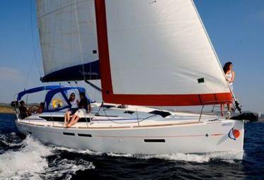 Sailboat Jeanneau Sunsail 41 (2018)-0