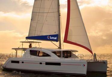 Catamaran Leopard Sunsail 484 (2017)-0