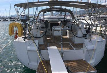 Zeilboot Jeanneau Sun Odyssey 519 (2018)-0