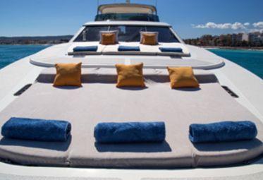 Motor boat Astondoa 102 GLX (2007)-0