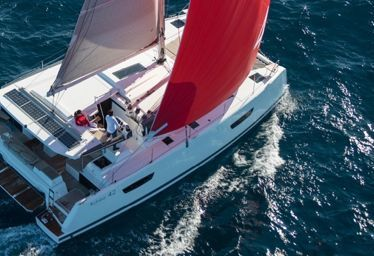 Catamaran Fountaine Pajot Astrea 42 (2020)-0