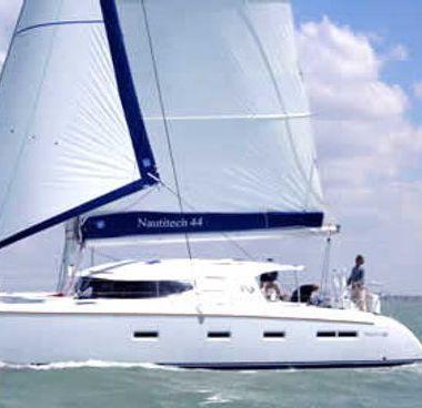 Catamarán Nautitech 44 (2008)-4